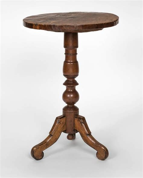 small pedestal table small pedestal side table at 1stdibs