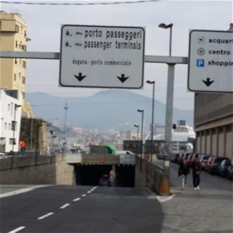 Libreria Giunti Genova by Come Raggiungere Il Porto Di Genova Stazione Marittima
