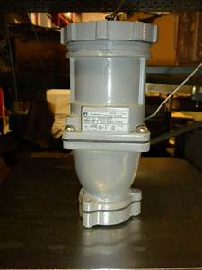 Russellstoll Cat Ds3516fp 30 Amp 120  208 Vac Receptacle