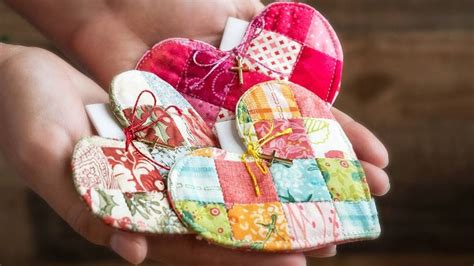 patchwork heart pocket prayer quilt tutorial
