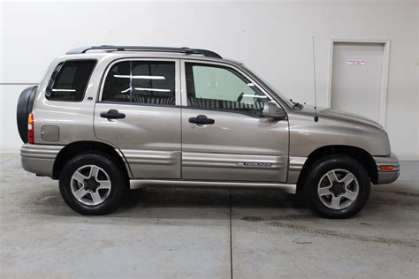 Chevrolet Tracker 2003 2003 chevrolet tracker lt biscayne auto sales pre