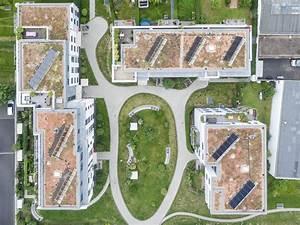 Auf Dem Dach : sollarzellen auf dem dach bilder und fotos creative commons 2 0 ~ Frokenaadalensverden.com Haus und Dekorationen