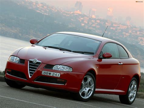 Images of Alfa Romeo GT AU-spec 937 (2007–2010) (2048x1536)