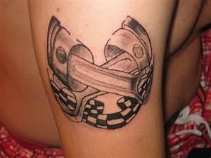 Tattoos Die Sich Ergänzen : hobby t towierer sucht modelle die sich ein tattoo stechen lassen m chten jede ~ Frokenaadalensverden.com Haus und Dekorationen