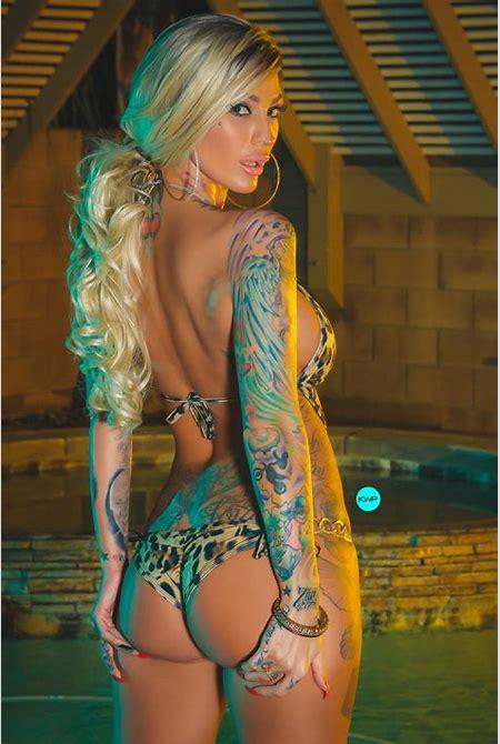Esther Hanuka: Super Momdel! | Tattoo Life