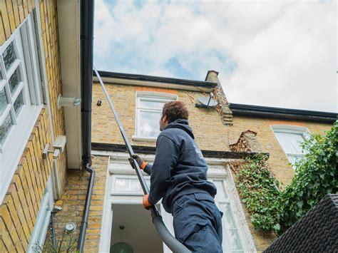 gutter cleaning  london book expert gutter cleaners