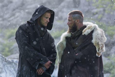 Son Of Anarchy Pictures Sneak Peek New Pics Vikings Season 3 Lagertha Ragnar Bjorn More Ohsogray