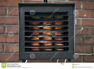 Elektrische Kohlefaser Heizung : elektrische heizung stockbild bild von ziegelstein ~ Kayakingforconservation.com Haus und Dekorationen