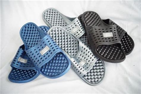 Shower Flip Flops With Holes - anti slip s shower sandal the original drainage
