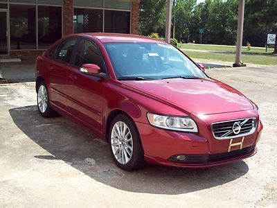 buy  red  volvo   door turbo  sedan