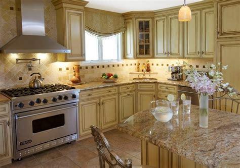kitchen wallpaper green дизайн кухни в классическом стиле классика в оформлении 3465