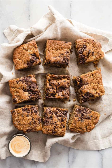 The best and easiest coffee cake recipe! Chocolate Espresso Coffee Cake - Foodness Gracious