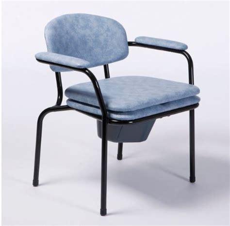 chaises percées de toilette achat chaise de toilettes fauteuil garde robe et chaise