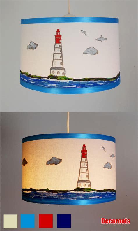 suspension pour chambre bébé suspension enfant bébé le phare mer peint à la