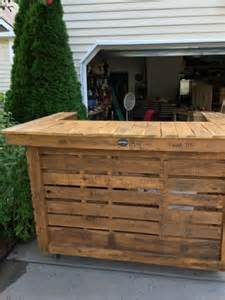 used wooden pallet outdoor bar ideas recycled pallet ideas