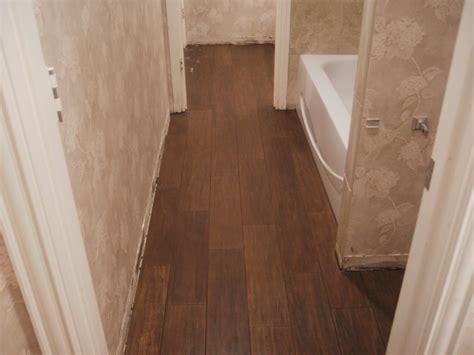 vinyl wood flooring bathroom design 15953