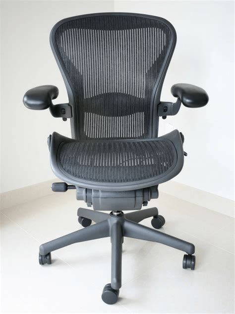 the best office chair for lower back and why you need one