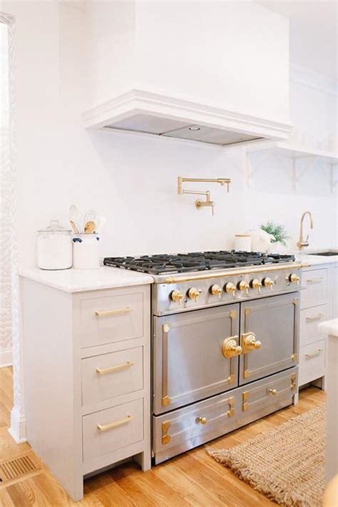 gold kitchen cabinet hardware white kitchen cabinets with silver hardware quicua com