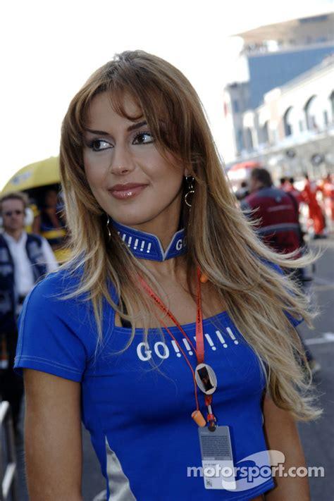 A lovely Gauloises umbrella girl at Turkish GP