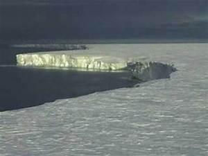 Tracking the World's largest Iceberg B 15 - YouTube