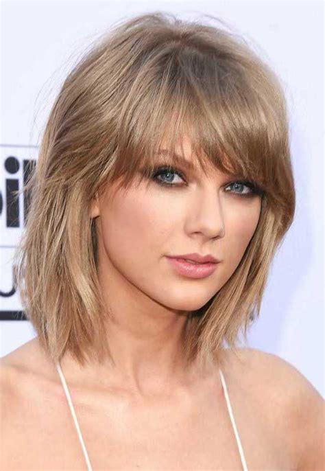 Taylor-Swifts-Pretty-Bob-Haircut-with-Bangs - talkin'heads