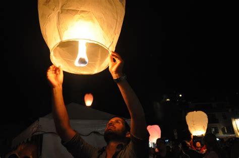 Lanterne Volanti lanterne volanti nightskylanterns 0 50 spedizione