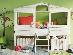 Construire Un Lit Cabane : 10 lits cabanes que les enfants vont adorer ~ Melissatoandfro.com Idées de Décoration