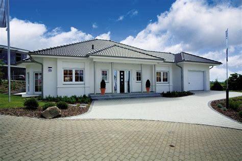 Moderne Häuser Technik by Moderner Bungalow Quot Riviera Quot Rensch Haus Homes In
