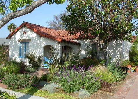 southern california landscaping drought tolerant bottlebrush and landscaping on pinterest