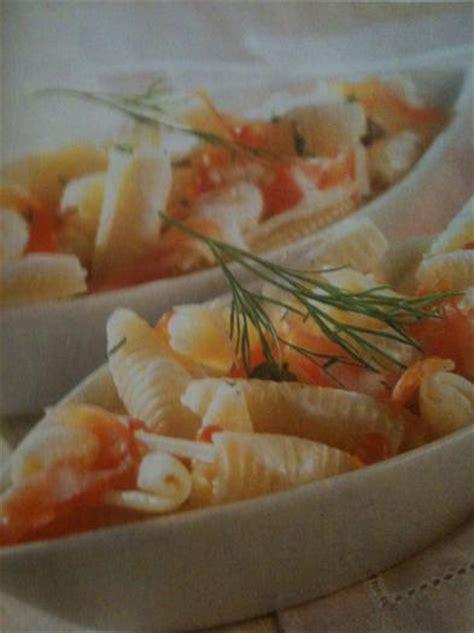 recette salade de p 226 tes au saumon fum 233 750g
