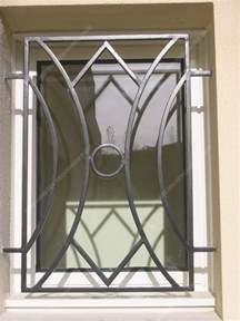 grilles en fer forg 233 de d 233 fense modernes mod 232 le gdm05