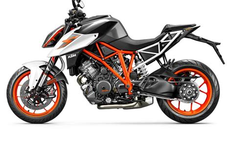2018 KTM 1290 Super Duke R Review • TotalMotorcycle