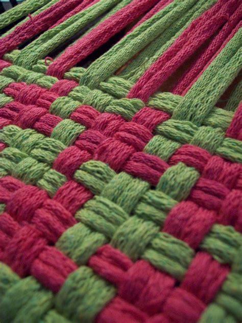 philosophers wife pot holder loom weaving