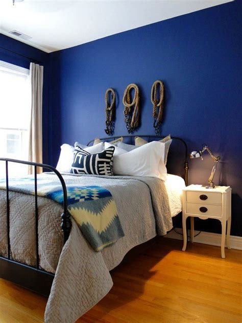 Bedroom Walls Painted Blue by 20 Bold Beautiful Blue Wall Paint Colors Favorite