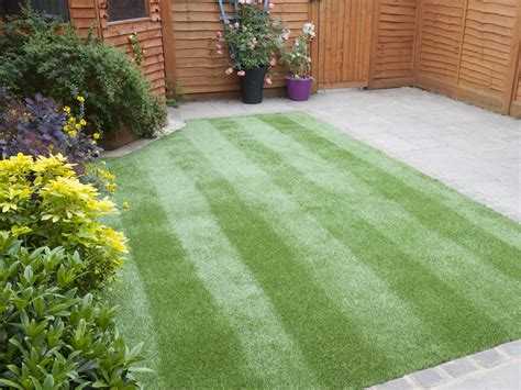 landscaping with artificial grass how to lay artificial turf how tos diy