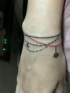 Tattoo Vorlagen Handgelenk : armband tattoo symbole und bedeutungen tattoos handgelenk armb nder und tattoo ideen ~ Frokenaadalensverden.com Haus und Dekorationen