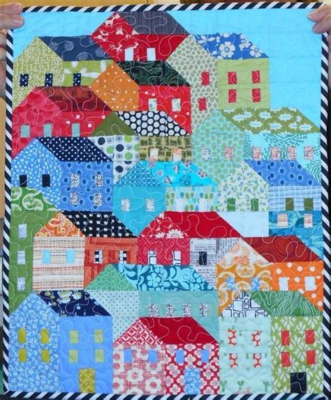 house quilt patterns mini hillside houses quilt craftsy quilts i like
