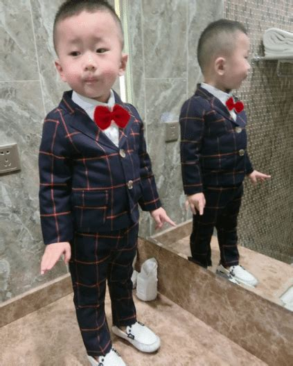 First Birthday Baby Clothing and Outfits for Children in ...