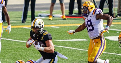 LSU football: Tigers defense was historically bad in ...