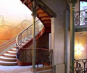 Maison Art Deco : file tassel house stairway jpg wikimedia commons ~ Preciouscoupons.com Idées de Décoration