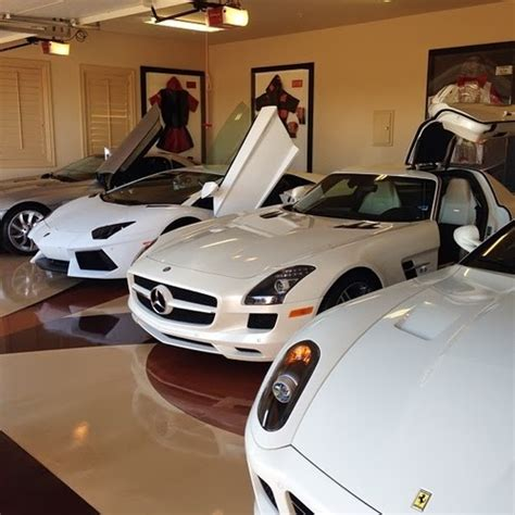 mayweather money cars floyd mayweather las vegas car collection therichest