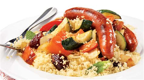 cuisiner des merguez couscous aux merguez recettes iga saucisses légumes