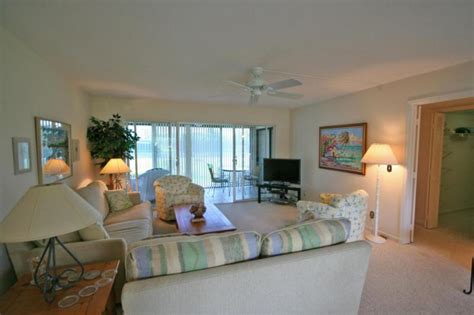 king terrace apartments luxury apartment miami with spectacular waterviews of