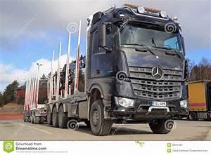 Mercedes Benz Arocs : mercedes benz arocs 3263 timber truck editorial photo ~ Jslefanu.com Haus und Dekorationen