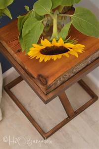 Metal And Woods : repurposed metal and wood side table h20bungalow ~ Melissatoandfro.com Idées de Décoration