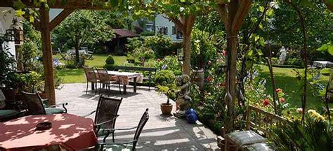 Terrasse, Garten & Sauna