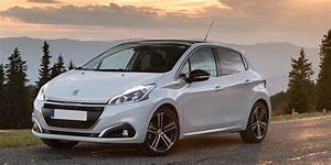 Photo Peugeot 208 : peugeot 208 review carwow ~ Gottalentnigeria.com Avis de Voitures