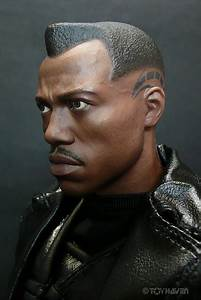 HOT TOYS BLADE II 2 BLADE 1/6 MMS 113 MMS113 COLLECTIBLE ...