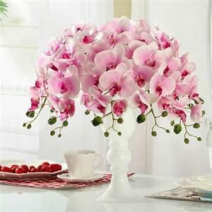 Flores artificiais na decoração: aprenda a utilizar sem