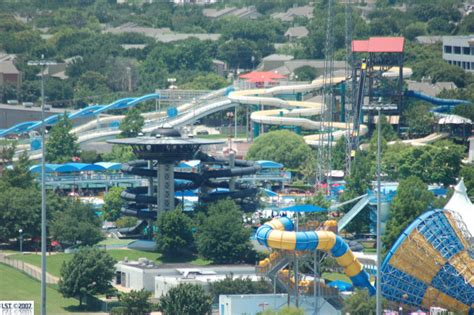 hurricane harbor arlington texas six flags fiesta texas hotels find hotel deals near six